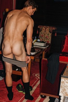 Sexy-Male-Model-Daniel-Jensen-Showing-Off-His-Gorgeous-Ass-9